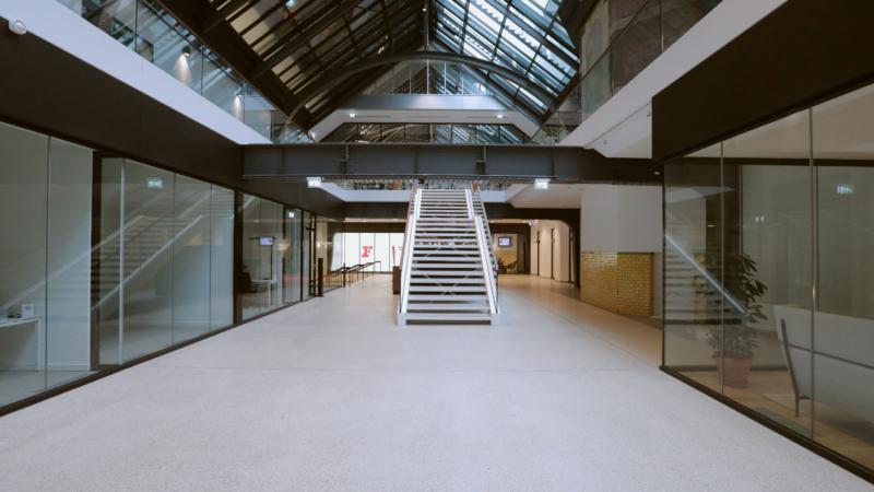 Ardex: Neues Lebensgefühl im historischen Postgebäude – mit zeitlosem Pandomo-Terrazzoboden