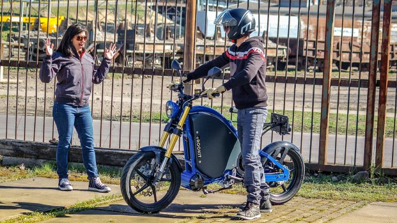 e-Mobility Startup eROCKIT startet Crowdfunding: Das Motorrad der Zukunft geht auf Tour!