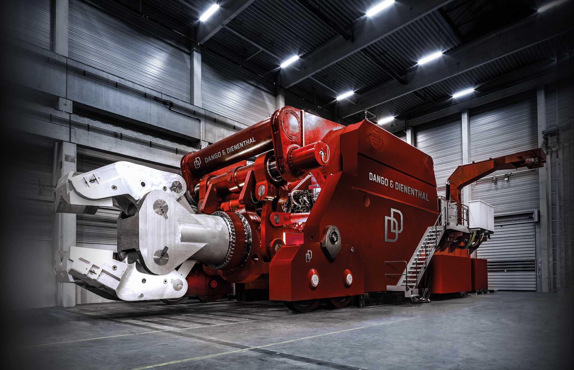 Forging manipulators save 30 percent of energy