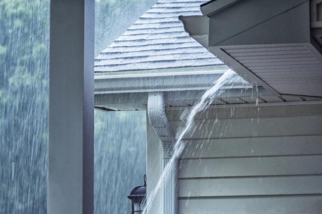 Vor Starkregen schützen – Saisonale Verbraucherinformation der ERGO Versicherung