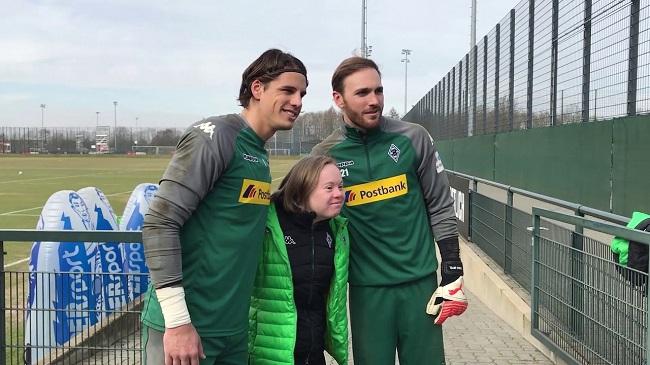 Deutschlands 1. Social Media-Team von Menschen mit Behinderung erobert Youtube, Instagram & Co.
