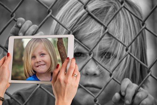 Ist mein Kind nur schüchtern oder leidet es an Mutismus?