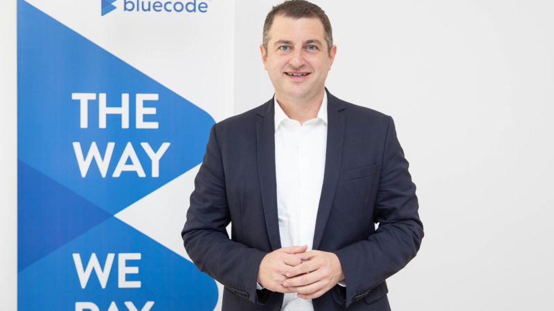 Start einer europaweiten Mobile-Payment-Initiative: Bluecode, Alipay und fünf weitere Anbieter planen gemeinsames QR-Code-Format