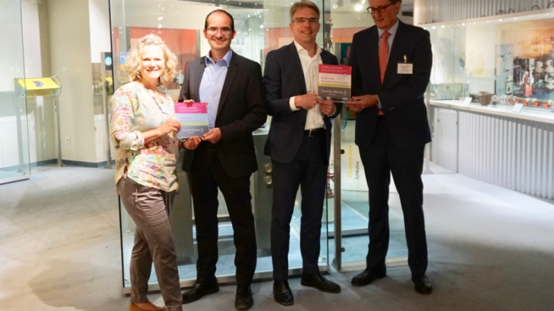 BusinessCode sucht interessierte Kooperationsschulen für MINT-Workshops im Deutschen Museum Bonn
