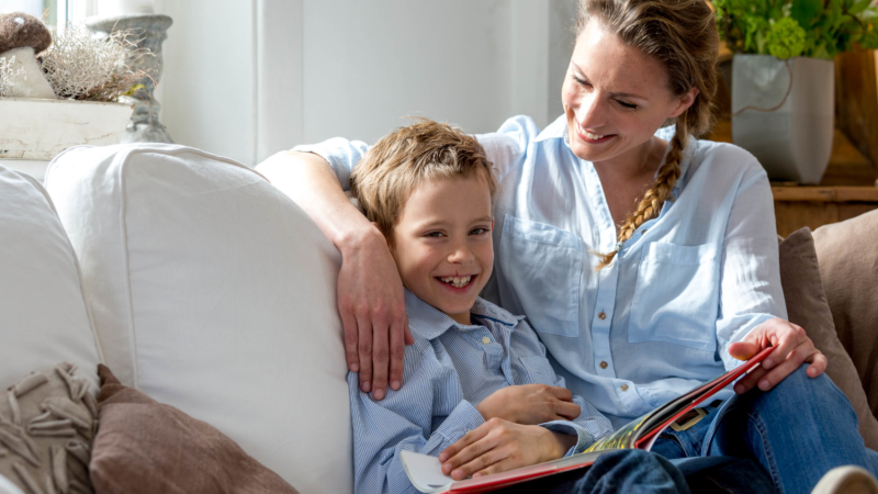 Gutes Hören und Lernerfolg  FGH Experten raten zu regelmäßigen Hörtests auch für Schulkinder und Jugendliche