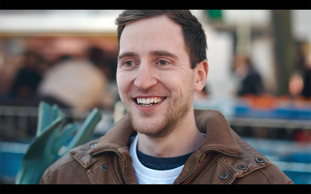 Schwerkranke Patienten berichten in einer neuen Videoreihe über ihre Therapieerfahrungen mit Medizinalcannabis auf Leafly.de