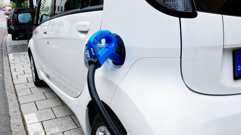 E-Fahrzeuge laden: Stromdieb wider Willen