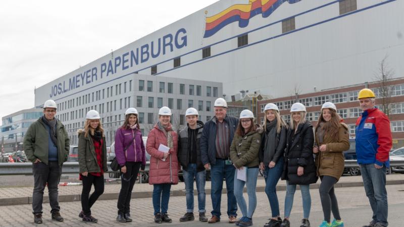 Schiff Ahoi! Azubis von GF Piping Systems besuchen Meyer Werft