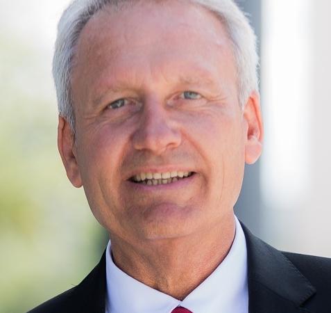 B2B-Vertriebsseminare am ZfU mit Vertriebsberater Peter Schreiber