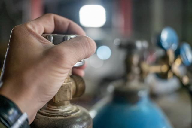 Gasflaschen richtig lagern – Verbraucherfrage der Woche der ERGO Versicherung