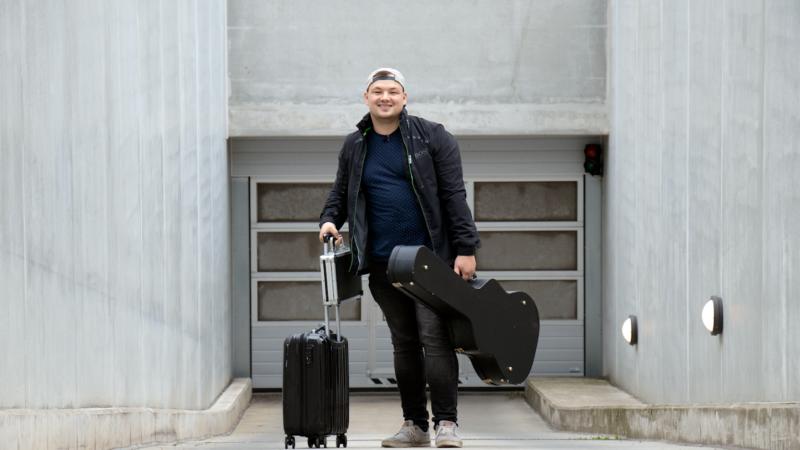 Große Stimme auf kleiner Bühne: Georg Stengel auf Tournee mit ibis MUSIC