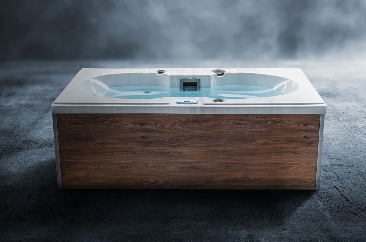 Whirlcare Industries präsentiert neue Whirlpool-Modelle