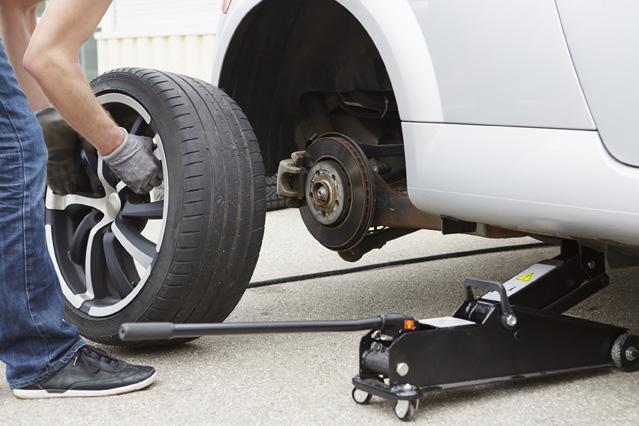 Sind Sommerreifen in der Garage versichert? – Verbraucherfrage der Woche der ERGO Versicherung