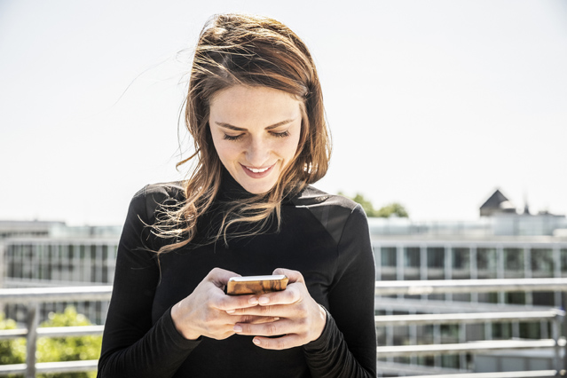 """Rechte beim Kauf von """"Refurbished""""-Smartphones – Verbraucherfrage der Woche des ERGO Rechtsschutz Leistungsservice"""