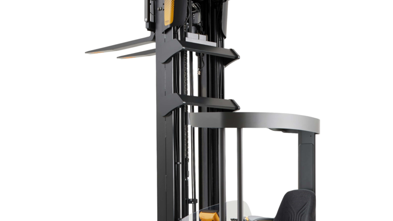 Die neuen Schubmaststapler der ESR 1000 Serie sind smart, leistungsfähig und zuverlässig