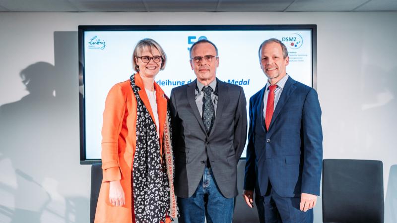 Ausgezeichnet: Dr. Peter Schumann erhält renommierte Bergey Medal