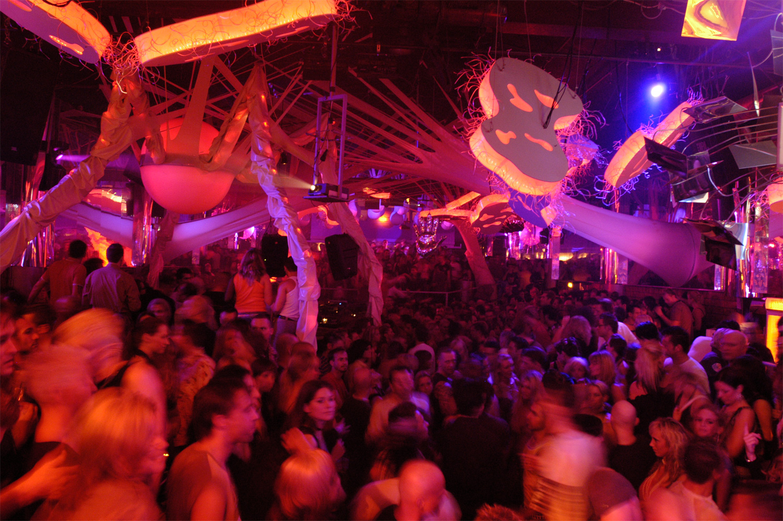 "Legendärer Club ""Tribehouse"" feiert 25jähriges Jubiläum"