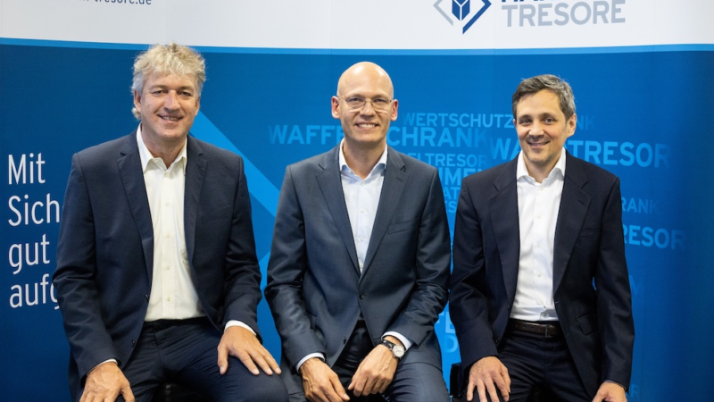 Neuer Online-Shop, neuer Vorstand, neuer Aufsichtsratsvorsitzender