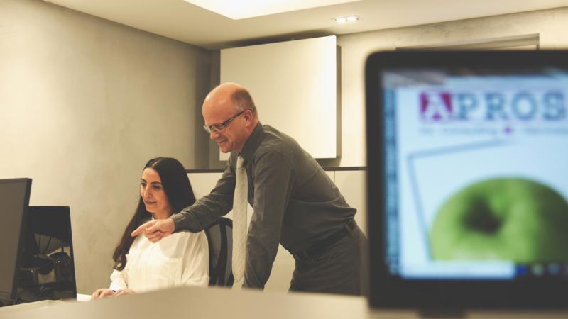 Spannend geht es weiter- APROS Consulting & Services entwickelt sich und firmiert in GmbH um