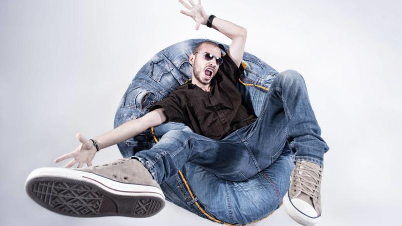 Schuhplus bietet Herrenschuhe in Übergrösse für jeden Anlass