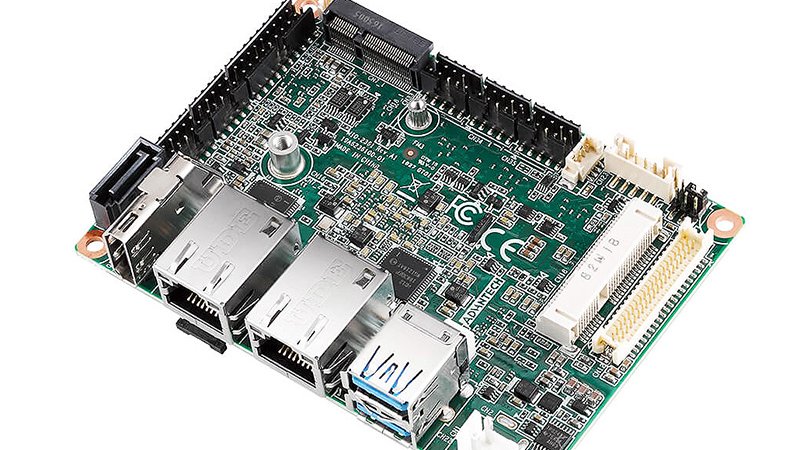 Kompakt und robust: MIO-2361 – Industrieller Pico-ITX Single-Board-Computer von Advantech