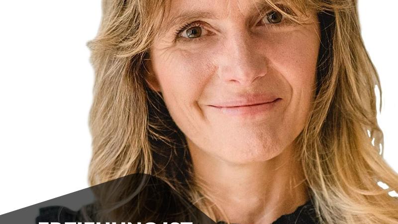 Ina Bär beim Weltrekord im Silent Speaker Battle
