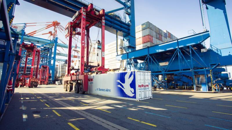 Hellmann und BusinessCode entwickeln neues Tracking-Tool für Seefracht: Smart Ocean