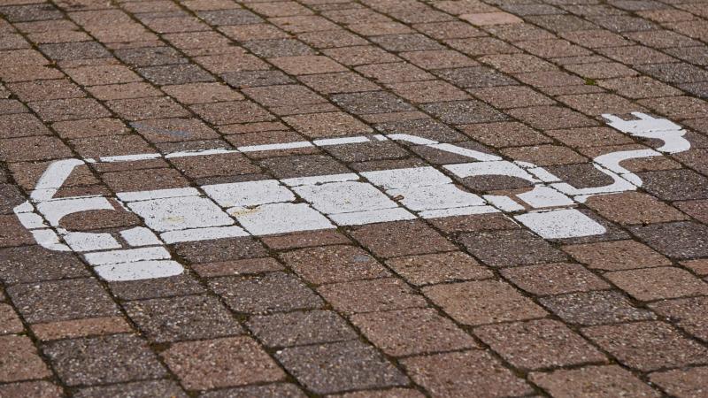 E-Mobilität: Alles (un)klar für Stadtwerke-Kunden?