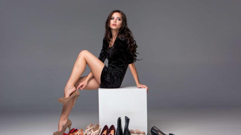 Grosse Damen Schuhe in den Größen 42 bis 46 bei schuhplus in Kaltenkirchen