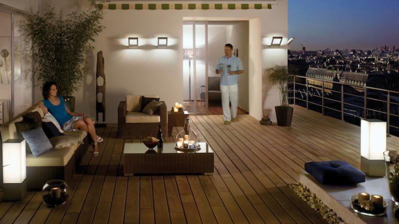 Wohlfühlfaktor Licht: So machen Sie mehr aus Terrasse und Balkon