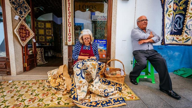 Portugiesische Teppichkunst aus Arraiolos im Alentejo
