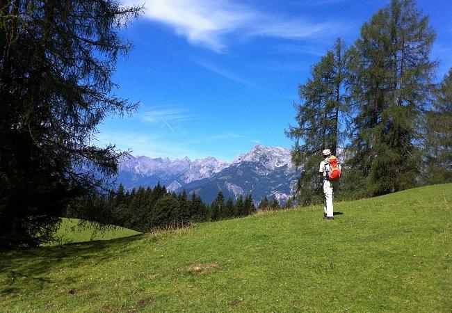 Endlich wieder Urlaub machen – Mit wandern.de verantwortungsvoll Freiheit genießen