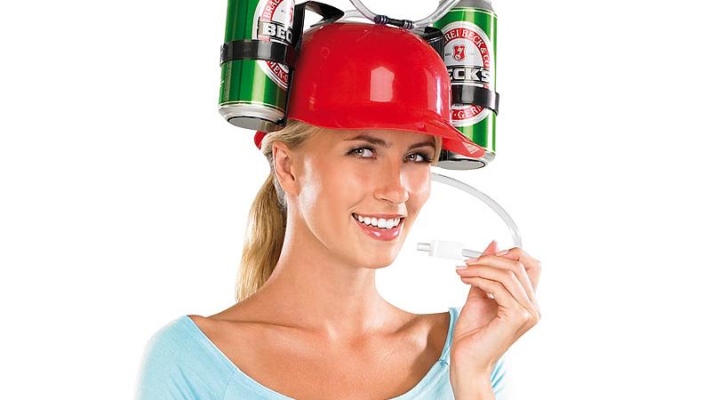 infactory Bierhelm mit 2 Dosenhaltern und Trinkschlauch