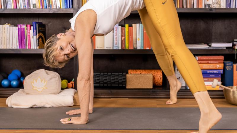 Yoga für Göttinnen® –  Frausein neu definieren.