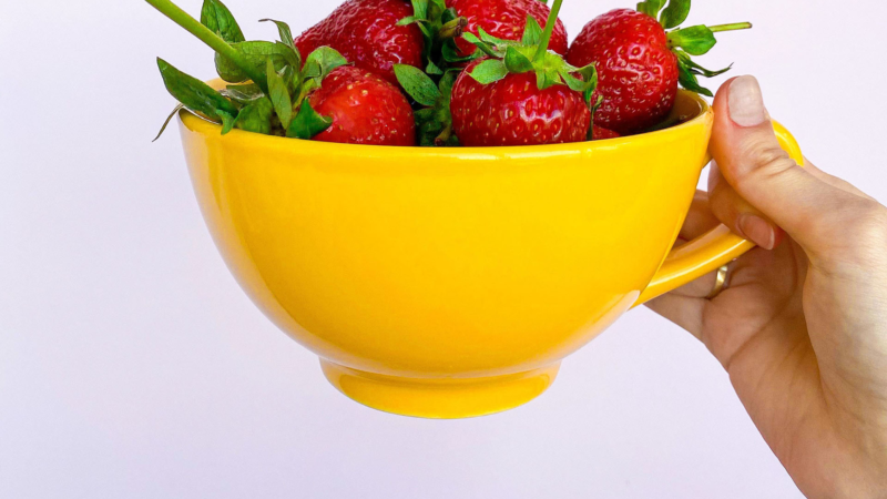 Der Sommerklassiker im Tassenformat – Erdbeertee