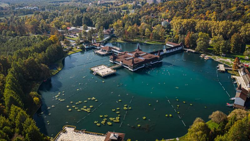 Ungarns Gewässer punkten mit herausragender Badewasserqualität