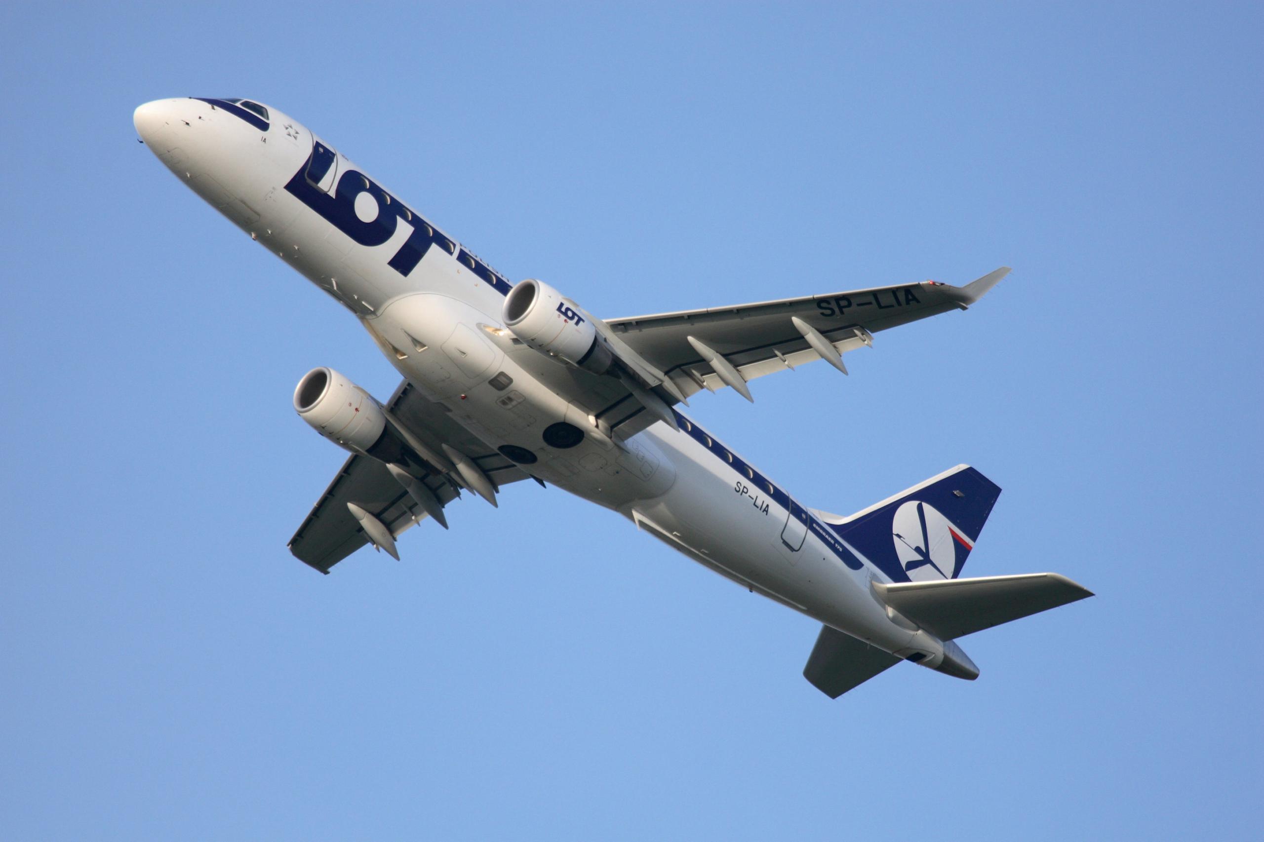 LOT Polish Airlines fliegt ab 1. Juli wieder ab Berlin, Düsseldorf und Wien