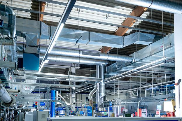 Deutsche Lichtmiete und GETEC schließen Effizienz-Partnerschaft für Industriekunden