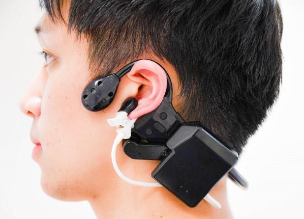 Kyocera und die Tokyo Medical and Dental University starten die gemeinsame Forschung an einem Headset zur Messung von Vitalwerten