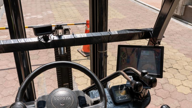 VIA Mobile360 AI Sicherheits-Kit verhindert Unfälle in Logistikzentren mit intelligenten Funktionen für visuelle Intelligenz und Objekterkennung