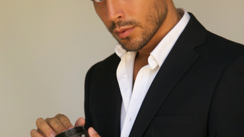 Die neue Haarmarke CAPANOVA gewinnt die italienische Fashion-Ikone Salvatore Vita exklusiv als Brand Ambassador