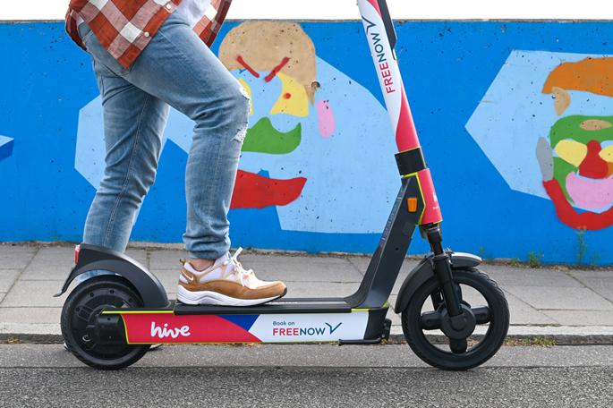 FREE NOW launcht eigene E-Scooter Flotte in Deutschland