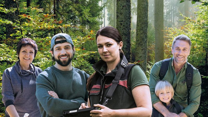 """Unter dem Motto """"Gemeinsam! für den Wald"""" finden vom 18. bis 20. September über 500 Veranstaltungen in den Wäldern statt"""