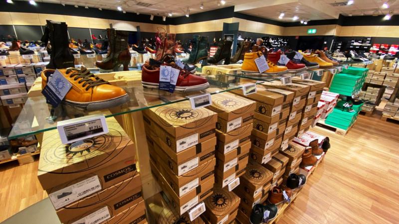 Schuhe in Übergröße – jetzt in allen Variationen bei schuhplus in Hamburg entdecken