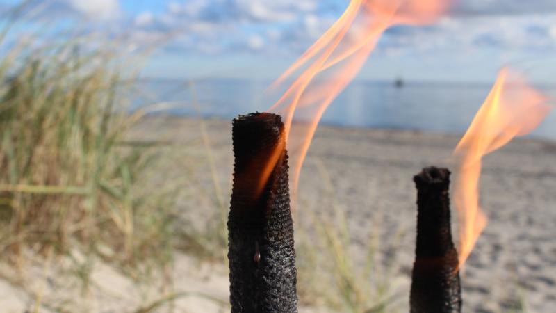 Fehmarn im Lichtermeer – Monde für die Strandallee