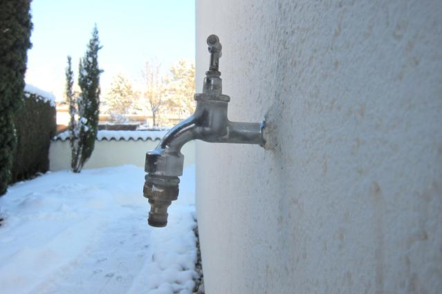 Leitungswasserschäden bei Frost vermeiden – Verbraucherinformation der ERGO Versicherung