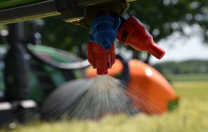 Feldspritzenprüfungen: AGRAVIS bietet viele Termine an