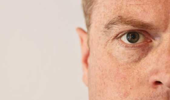 Grauer Star: Augenarzt für Neuss zu passenden Linsentypen