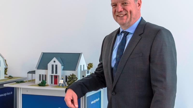 Massivhausanbieter ARGE-HAUS Rostock wächst weiter
