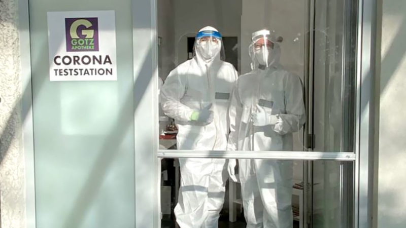 Confidentia Trading GmbH spendet 2.000 Stück FFP2 Masken an Götz Apotheke